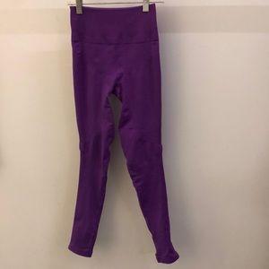 lululemon athletica Pants - Lululemon purple legging, sz 2, 70922